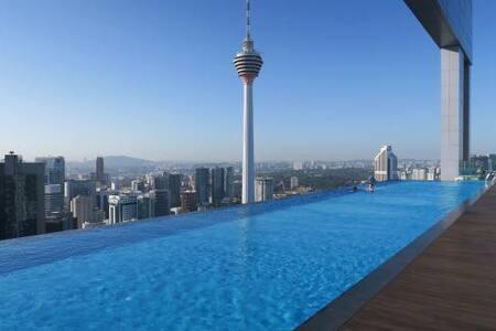 Rooftop Infinity Pool,Cozy Room Near KLCC - Kuala Lumpur - Apartment - 1