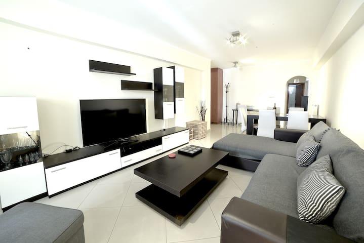 Athens Luxury Apartment  86sqm 13' City Center - Athina - Wohnung