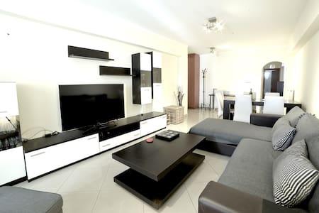 Athens Luxury Apartment  86sqm 13' City Center - Athina - อพาร์ทเมนท์