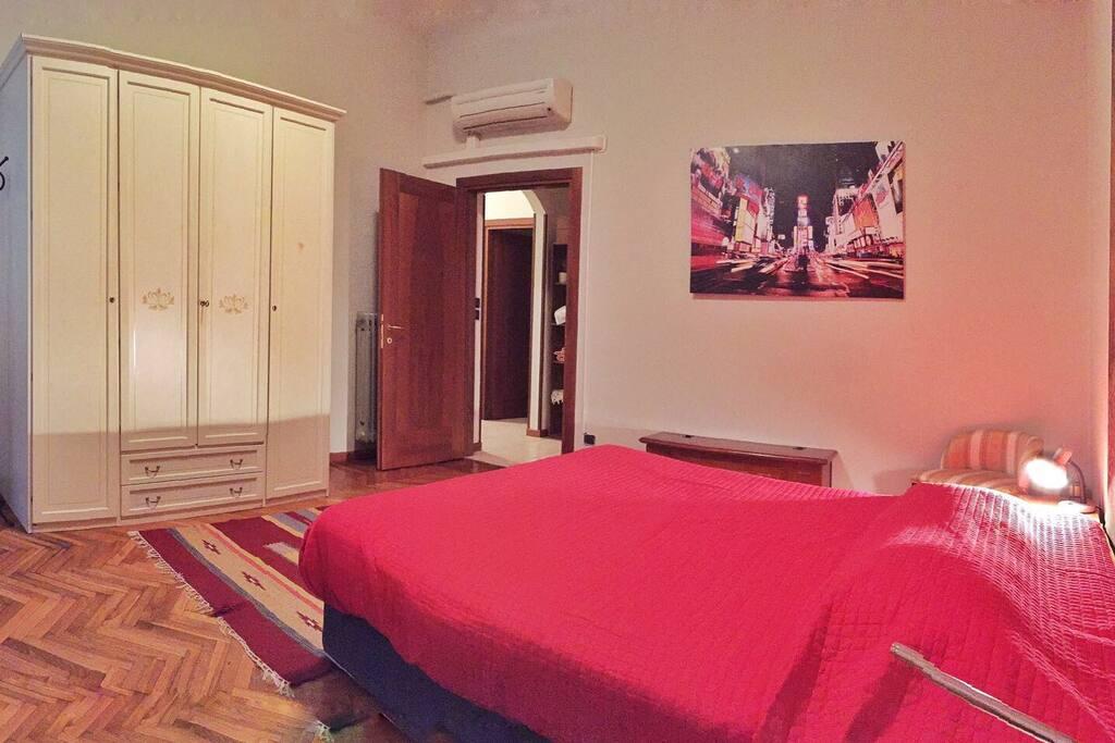 Il violoncello in the city center appartamenti in for Appartamenti in affitto a cremona arredati