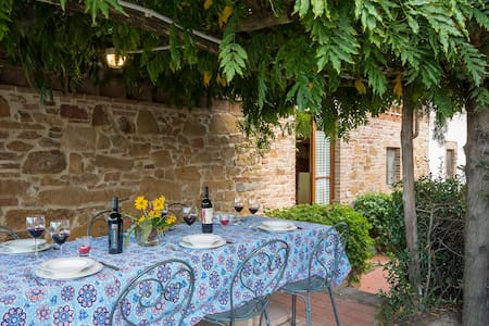 Holiday Home 6 person in Tuscany - Montaione