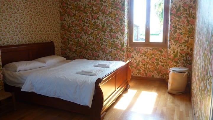 Lovely family room for Plum Village Retreats