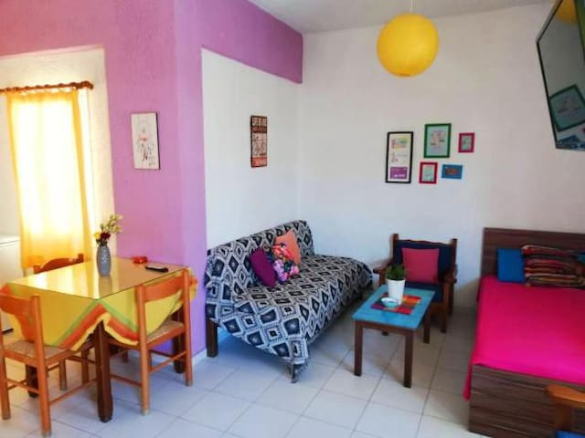 Cosy Colorfull sunny rooms!