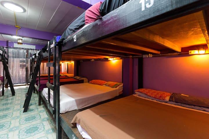 Entire 20-bed Dorm @FULL MOON PARTY - Ko Pha Ngan - Asrama