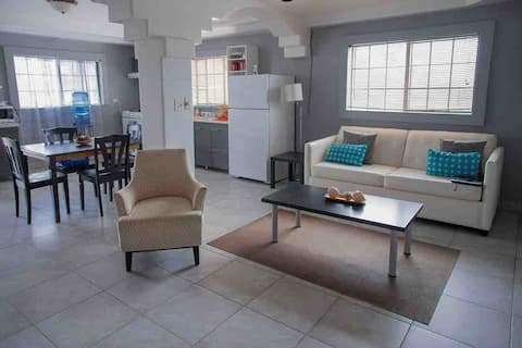 Affordable Beach Apartment in downtown Rosarito