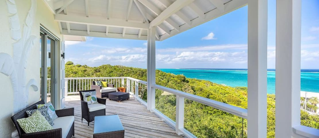 Spectacular Grace Bay Views   Private Pool!