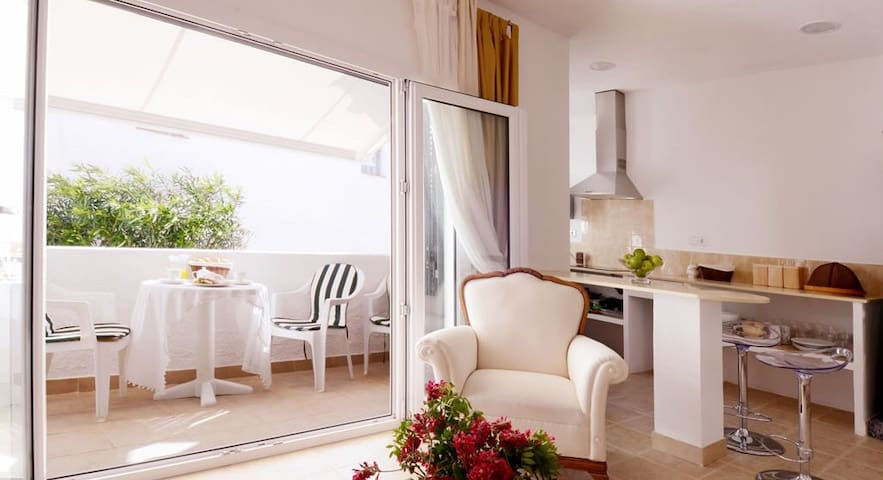 Lovely Apartment in Menorca - Mahon - Apartamento
