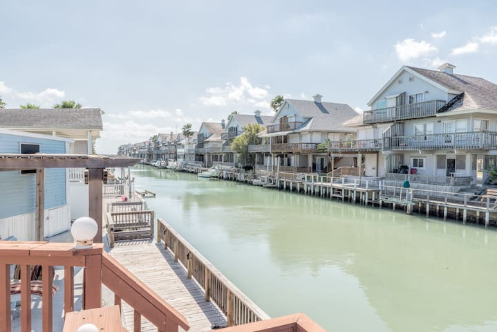 Long Island House w/Private Dock - Port Isabel - House