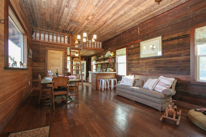 Rustic Cabin on Organic Beef Ranch  - Tomales - Cottage