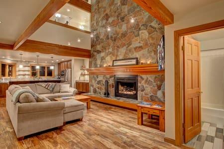 Fawngrove - Deer Valley Luxury 3BR/3BA Villa