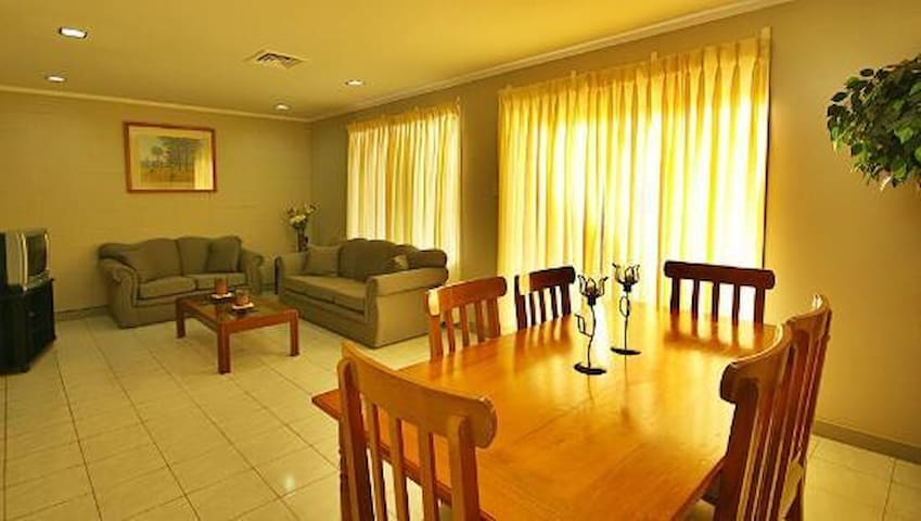 Vacation Villas - Morong - Appartement