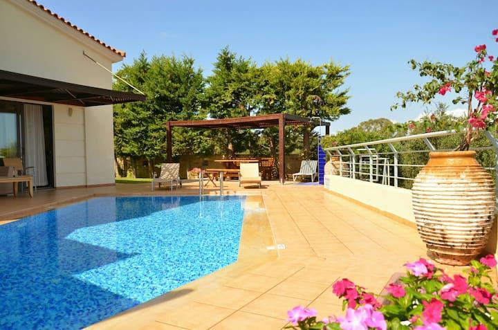 Rotunda villas-luxury villa A