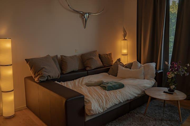 Wohnung in Friedrichshain auf einer Insel HOTSPOT