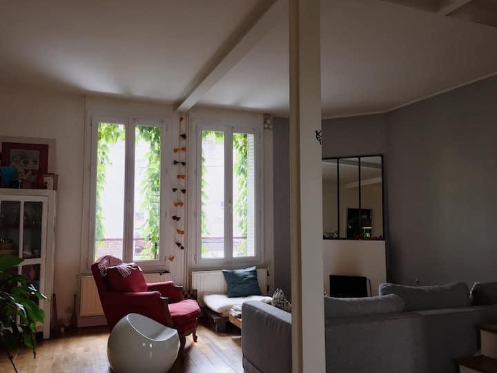 Charmante chambre privative -  à 10' de Paris 9ème