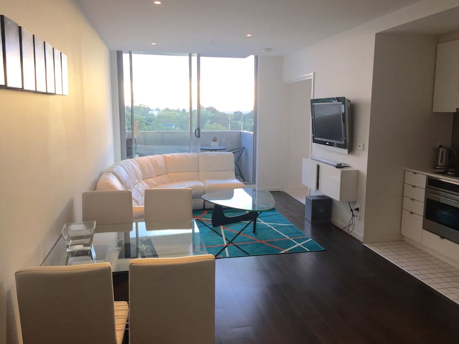 Great Location 1 Bedroom Apartment Apartments For Rent In South Melbourne Victoria Australia