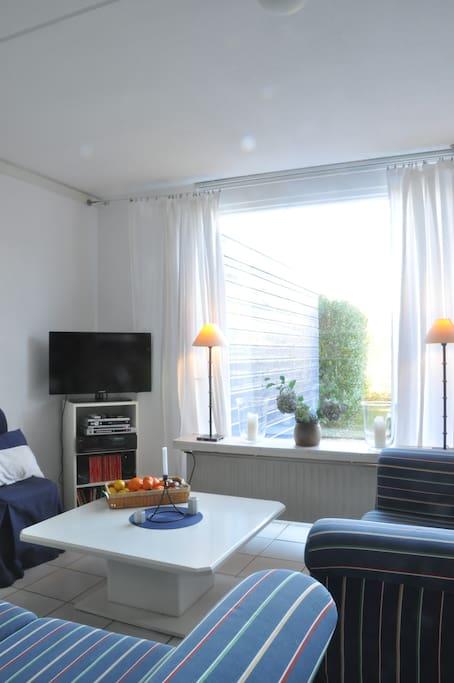 gem tliche ferienwohnung am meer wohnungen zur miete in nieuwvliet zeeland niederlande. Black Bedroom Furniture Sets. Home Design Ideas