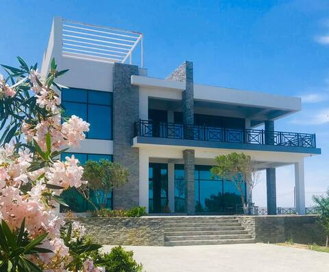 AMAZING Seaview villa près de Sea Breeze Hotel