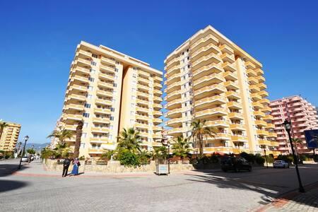 Трехкомнатная квартира у моря - Mahmutlar - 公寓