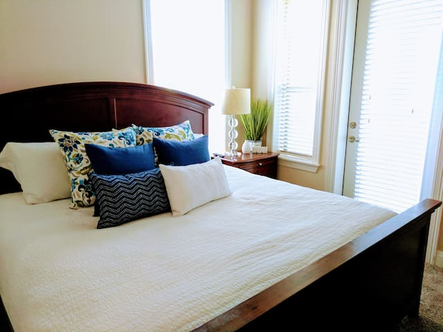 Resort style and quality linens, bedding, and
