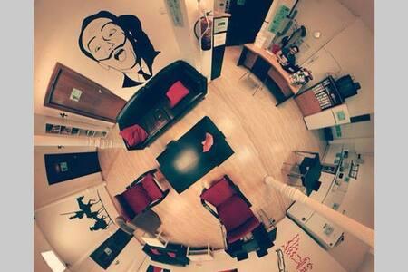 Hostel Era (10 Bed)
