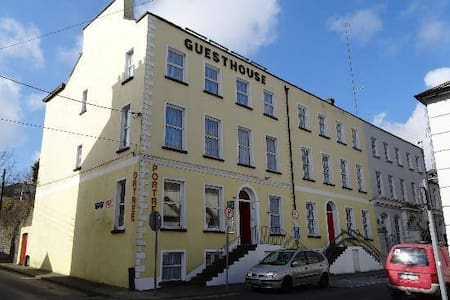 Hostel & Guesthouse - Waterford