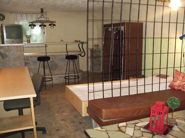 gemütliches, uriges Zimmer  - Krombach - House