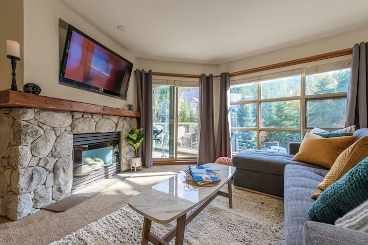 ZenAway | ❄︎Chic Ski in/out 1 BR❄︎ | The Aspens