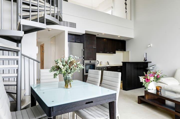 Amazing Modern Loft TLV Neve Tzedek