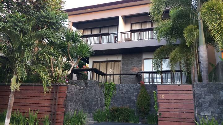 Pecatu Graha Indah Villa-Unit Sadewa