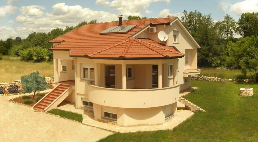 Villa PAX CORDIS Medjugorje - Međugorje