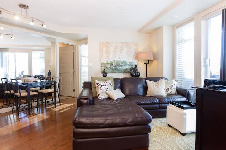 Exquisite home, just steps away from Rogers place