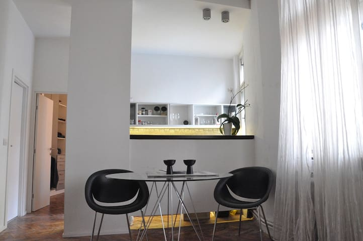 PROMO! Cool 50sqm apartment for two - Beograd - Flat