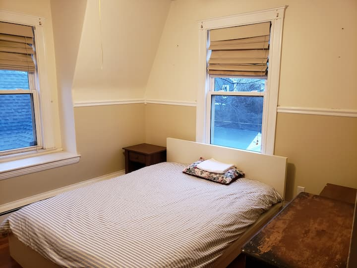 QUINCY   Large Furnished Private Room near T