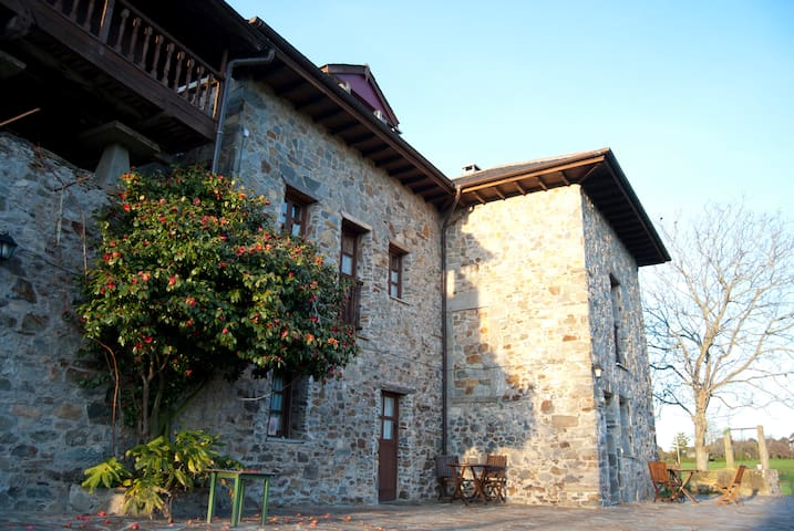 """Ca Xuacu """"El payar"""". Asturias. - Valdés"""