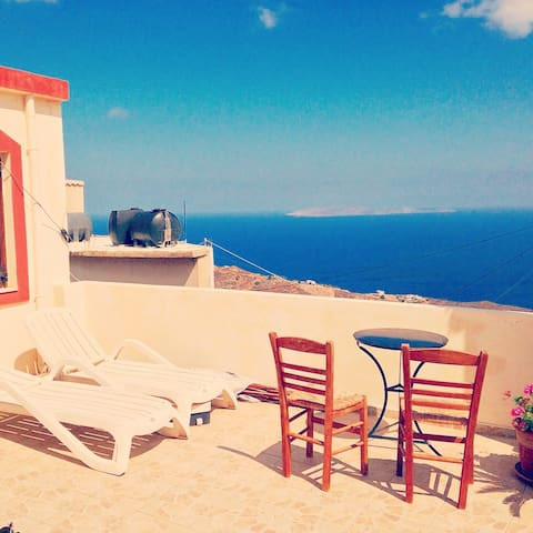 Complete house with the best view - Heraklion - Ev