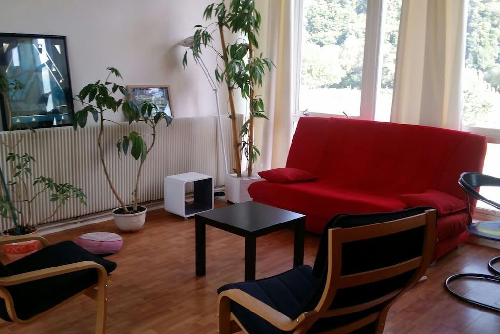 loft appartement bureau tr s lumineux lofts louer besan on bourgogne franche comt france. Black Bedroom Furniture Sets. Home Design Ideas
