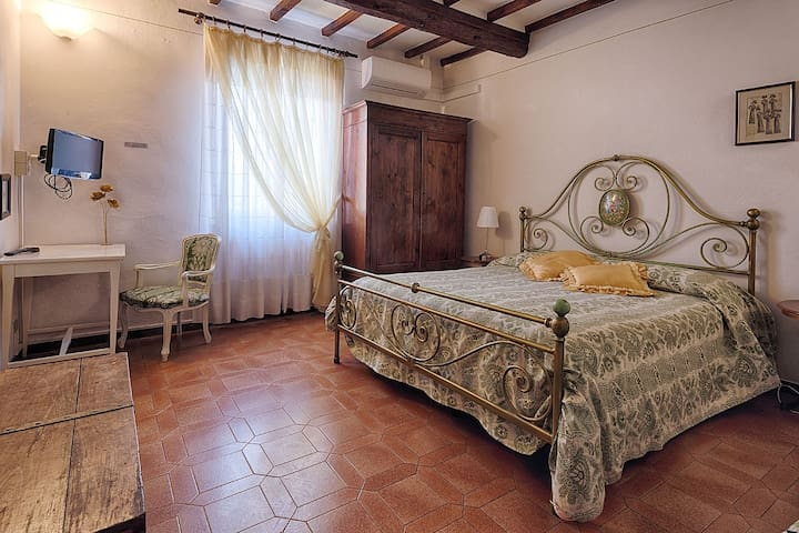 B&B in the historical center - San Gimignano - Bed & Breakfast