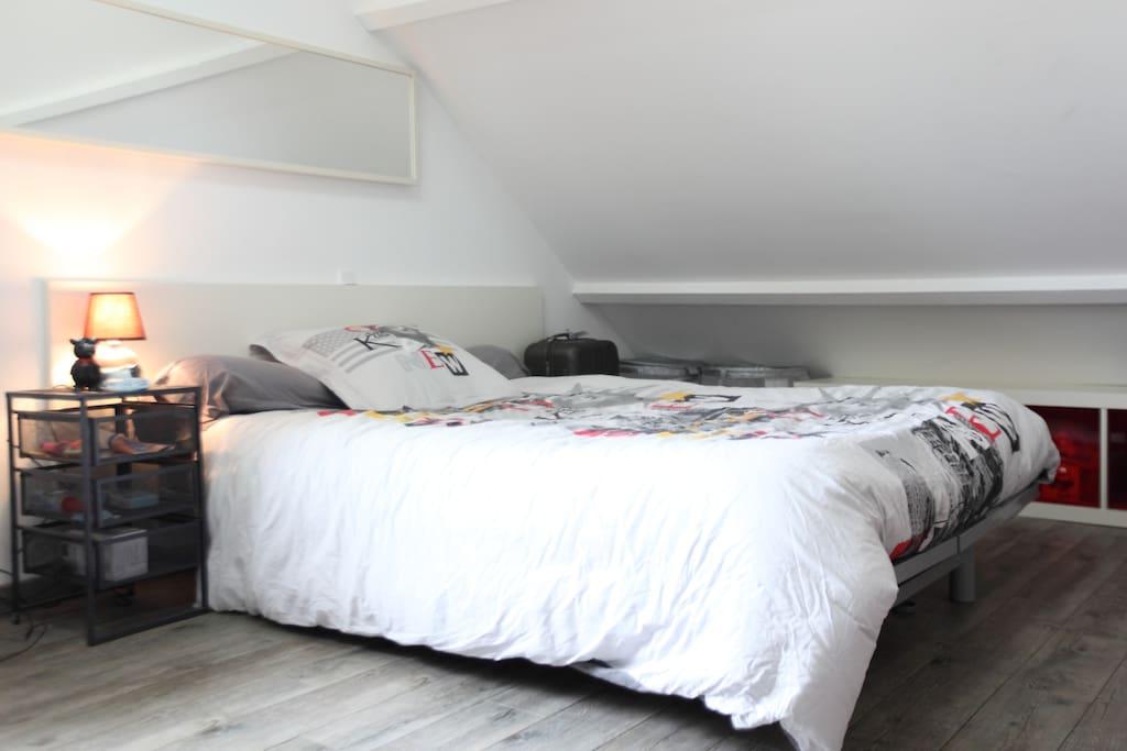 studio avec piscine priv e appartements louer chambray l s tours centre france. Black Bedroom Furniture Sets. Home Design Ideas
