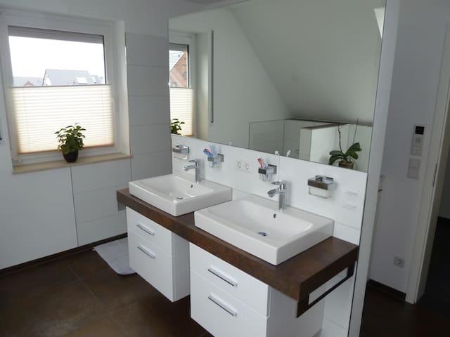 Moderne,gepflegte Unterkunft mit Luxus in Greven - Greven - Ház