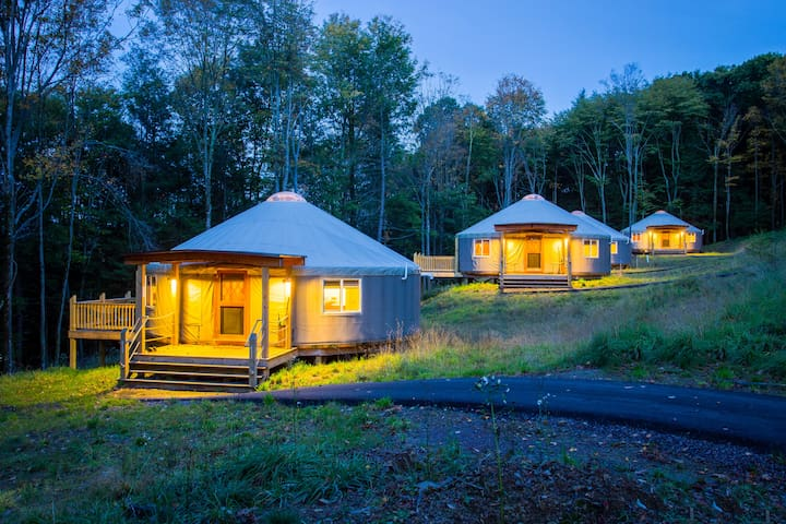 Yurt glamping at Savage River Lodge - Frostburg