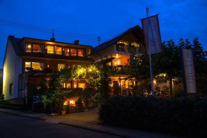 4 Sterne Ferienwohnung - Weingut - Kröv - Apartemen