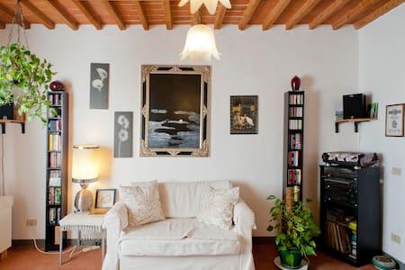 Toscana Flat - Agnano - Huoneisto