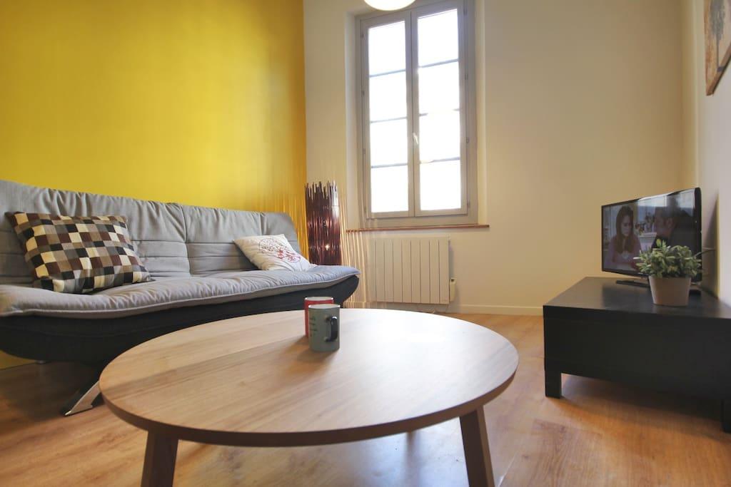 n 1 appart centre avignon wifi clim appartements louer. Black Bedroom Furniture Sets. Home Design Ideas