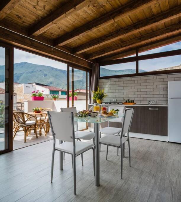 Cucina e Terrazzo