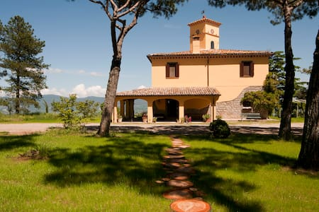Country villa with panoramic pool  - Graffignano