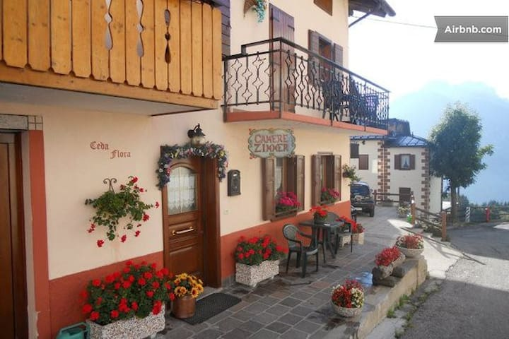 bed and breakfast camere da beppe - Danta di Cadore - Aamiaismajoitus