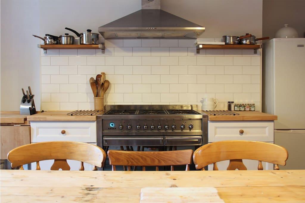 Range cooker for big meals!