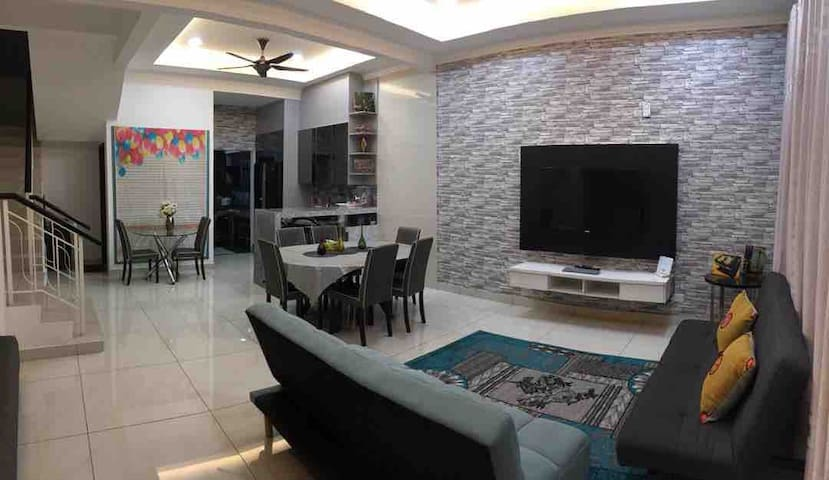 Master room up to  9guests,Semenyih, Broga hill