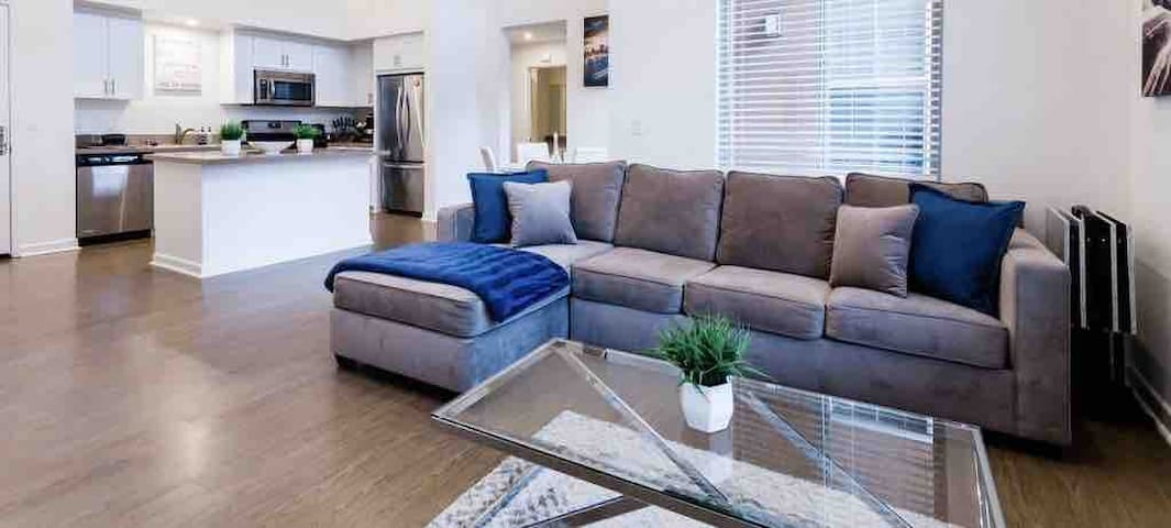 Perfect Modern 3BR/2BA | W/ King Bed