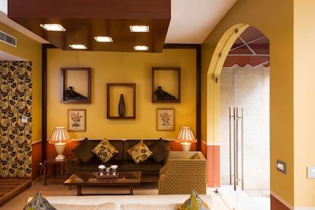 MidTown Hotel & Suites -Deluxe Room - Beirut